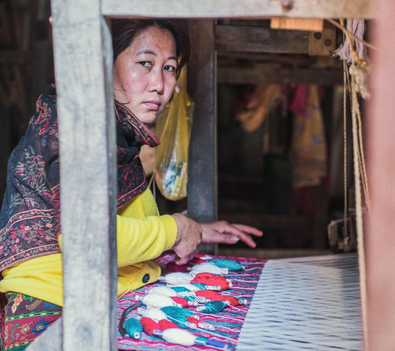 Weaver weaving dhaka